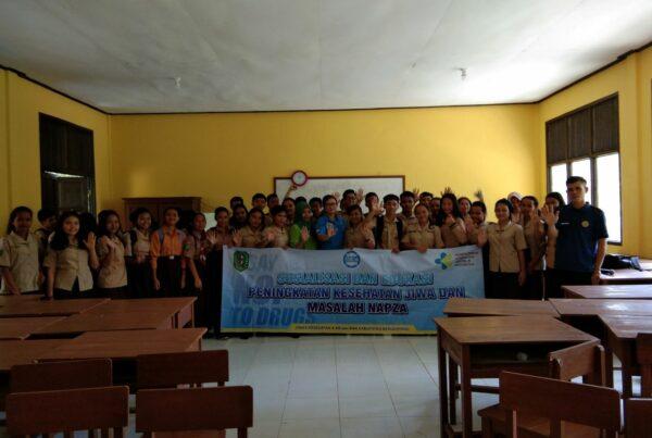 Sosialisasi dan Edukasi Peningkatan Kesehatan Jiwa dan Masalah Napza di SMAN 1 Samalantan