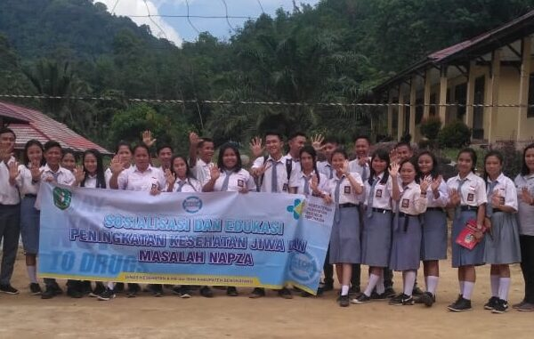 Sosialisasi dan Edukasi Peningkatan Kesehatan Jiwa dan Masalah Napza di SMAN 1 Capkala