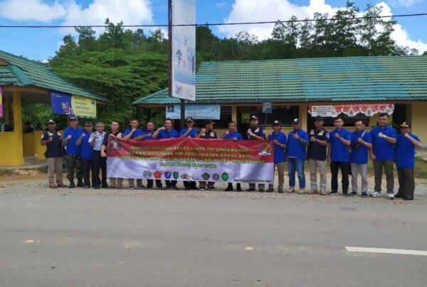 Operasi Gabungan Tim Pengawasan Orang Asing di Pos Lintas Batas Jagoi Babang