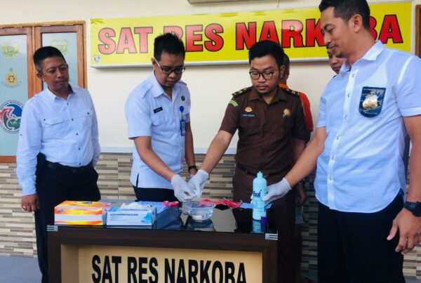 Plt. BNNK Bengkayang Ikuti Pemusnahan BB Narkotika di Polres Bengkayang